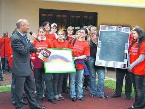Schüler der Elisabeth-von-Rantzau-Schule spenden für Kinderhospiz