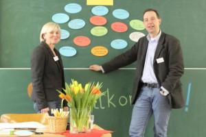 Cornelia Lehne und Axel Bossong begeistern Erzieher für Naturwissenschaften
